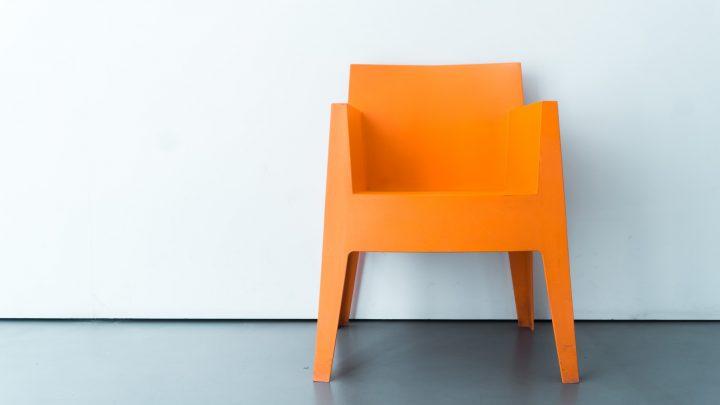 Krzesła: o tym, jak powstał ten mebel