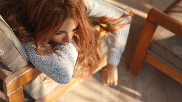 Drzemka w fotelu masującym: czas, korzyści
