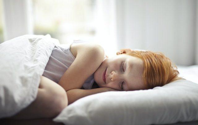 Dlaczego poduszka puchowa antyroztoczowa to dobry wybór?