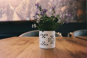 Kolor fioletowy w mieszkaniu