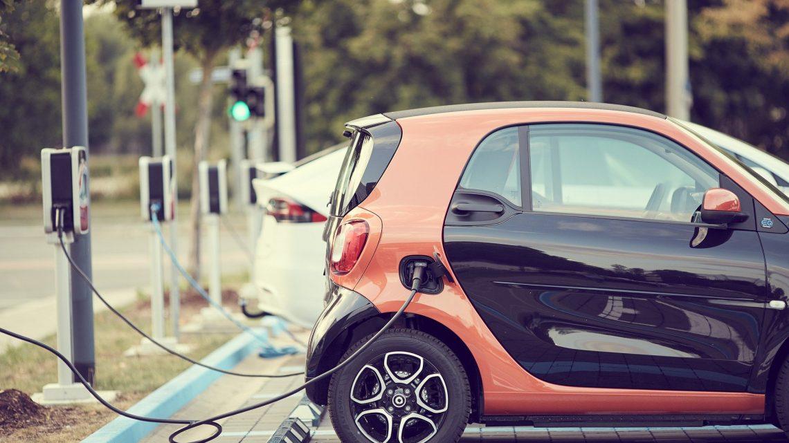 Ładowanie hybrydy sposobem na zwiększoną mobilność samochodu
