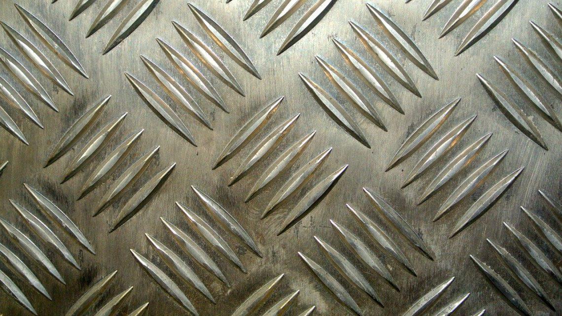 Na czym polega wykończenie powierzchni metalowych?