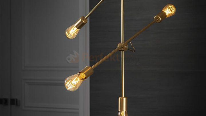 Stylowy, złoty żyrandol STICK GOLD V a wyszukane wnętrze